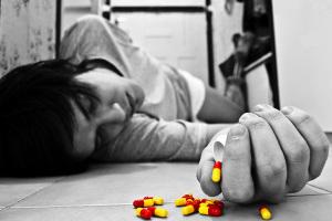 В чем причина попытки суицида