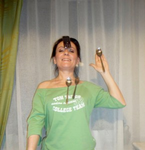 Светлана Фея демонстрирует свою экстрасенсорику